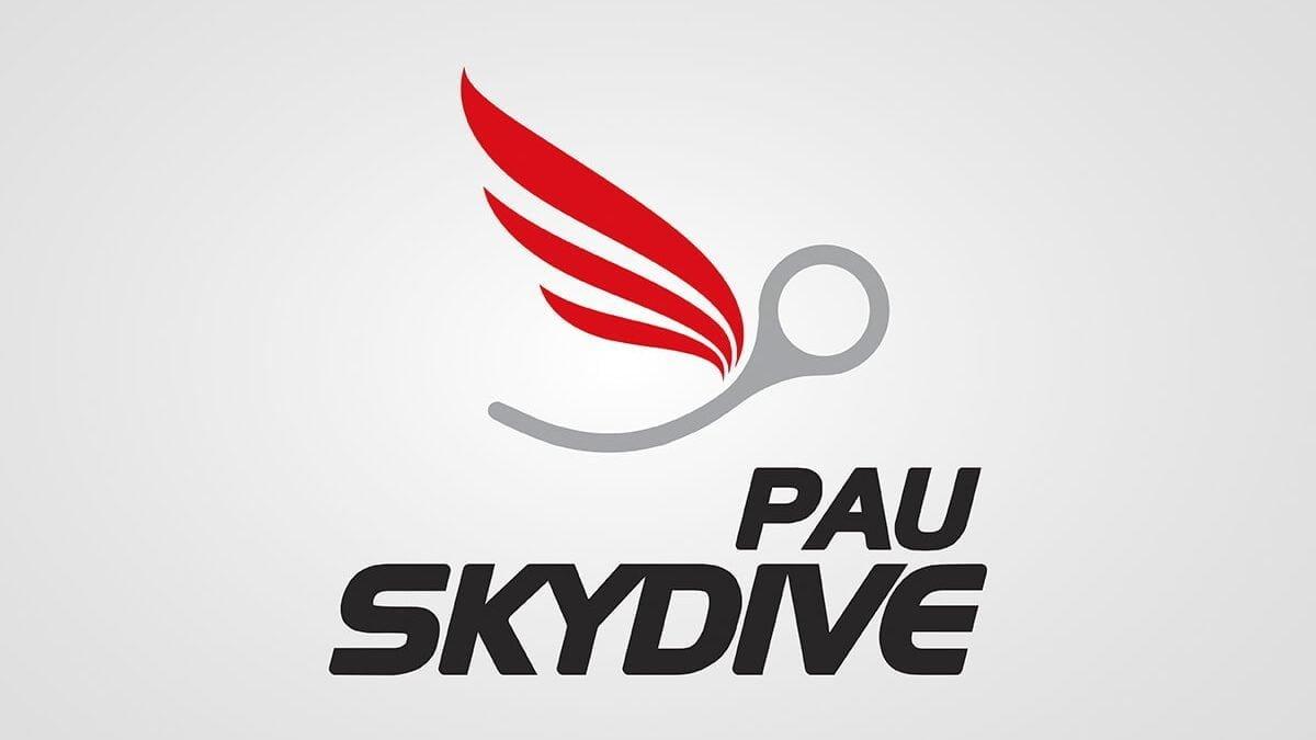 logo pau skydive