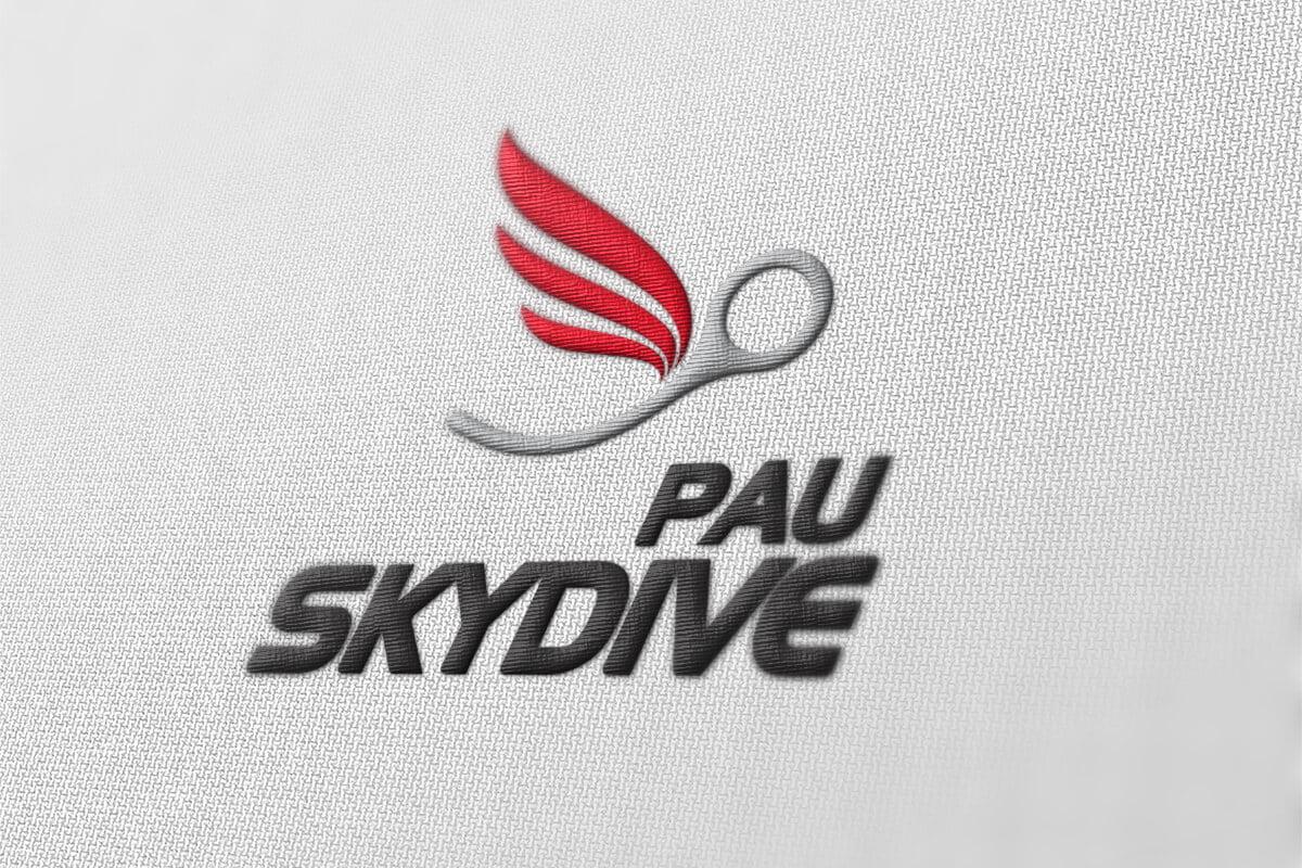 Pau-Skydive-Communication